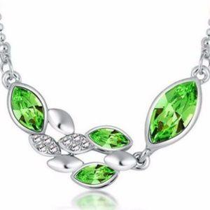 Jewelry - Green Crystal Rhinestone Silver Chain Pendant